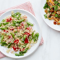 Quinoa With Roasted Red Pepper, Green Beans, And Red Onion