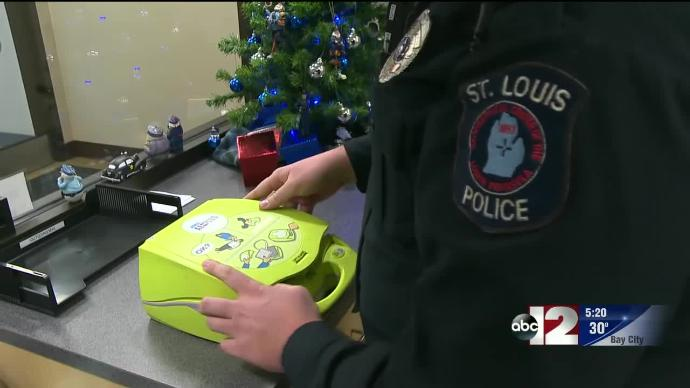 Team effort and AED saves teen in sudden cardiac arrest