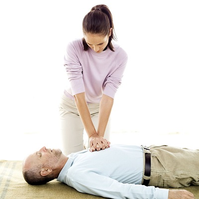 Make sure you know these 7 basic CPR tips