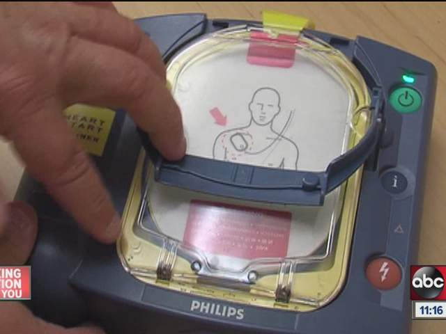 Save a life using an AED machine