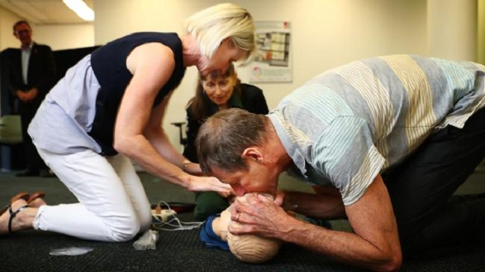 CPR: learn to stop, assist and revive